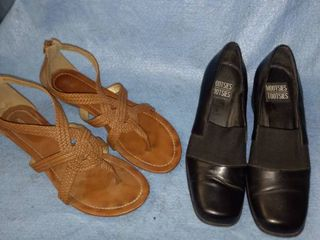 Mitzi Tootsie black dress shoes size 9 good condition apartment 9 sandals size 9 new