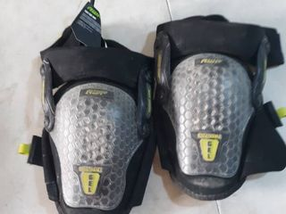 AWP Gel KneePads Used