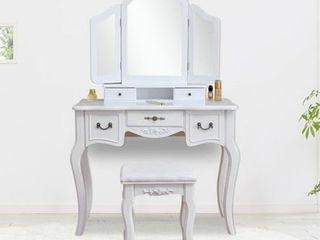 3 Mirrors Dresser Wood Vanity Table and Dressing Stool Set  Retail 239 99