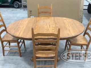 Dining Table and 4 Chairs 0 jpg