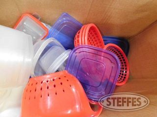 Box of Assorted Plastic Containers 1 jpg