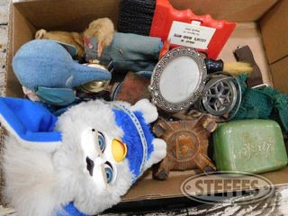 Assorted Small Collectable Items 1 jpg