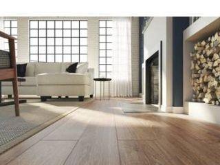 Pergo timbercraft   wetprotect waterproof brier creek oak 7 48 in W x 54 33 in l embossed wood plank laminate flooring