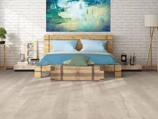 Pergo timbercraft   wetprotect waterproof Ocean view oak 7 48 in W x 54 33 in l embossed wood plank laminate flooring
