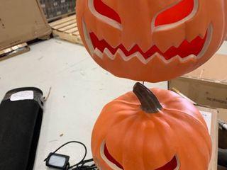 light up pumpkins  set of 2  works great