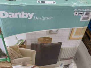 Danby 4 4 Cu  Ft  Refrigerator   Black DAR044BDA