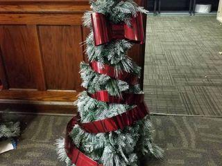 Victoria s Secret Christmas Tree