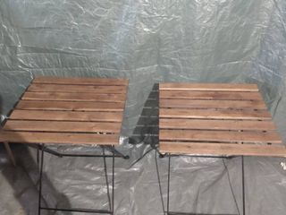 lot Of 2 Fold Out Wooden Patio Chairs With Metal Base