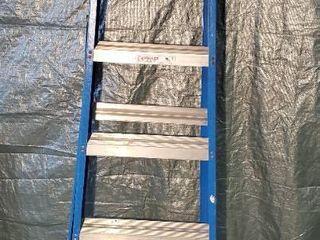 KEllER Blue Fiberglass 6 Foot Step ladder  Type 2 Commercial