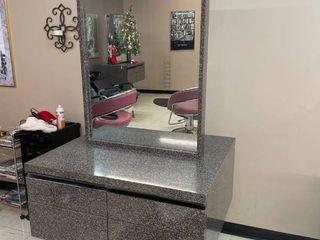 VEECO Freestanding Salon Styling Station  2 Sided  Granite Patterned  Matches Reception Desk