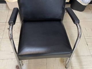 Black Reclining Salon Shampoo Chair