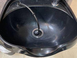 Black Salon Shampoo Sink