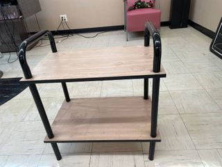 Small laminate End Table