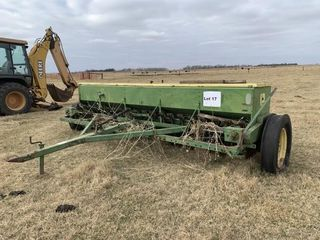Planting Equipment   Grain Drills JOHN DEERE 8300