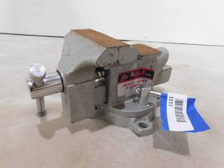 Buffalo heavy duty 3 3 4 in bench vice