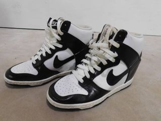 Men s size 8 5 Nike high tops