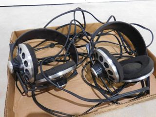 Pair of Soundesign headphones
