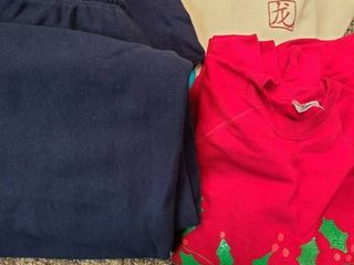 MEN S ClOTHES  Sweats Size lG  Sweatshirts Size lG and Xl