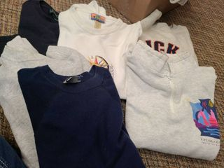 SWEAT SHIRTS  MICKEY MOUSE  EPCOT CENTER  MAUI  and others and a SET OF SWEAT SHIRT and PANTS from HAWAII  SIZES  MEDIUM and lARGE