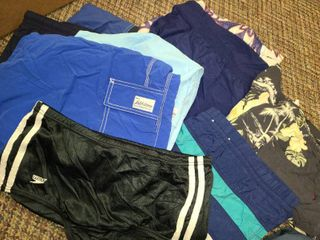 MENS ClOTHES  Swim Trunks  Sizes  MED  lARGE and Xl  TOMMY BAHAMAS  HIlFIGER  and others  AlSO a RETRO SPEEDO