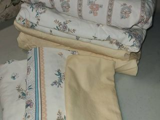Yellow and Floral King Size Sheets and Pillowcases