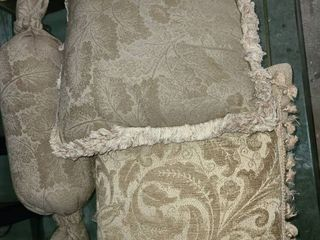 THROW PIllOWS  3 in Total