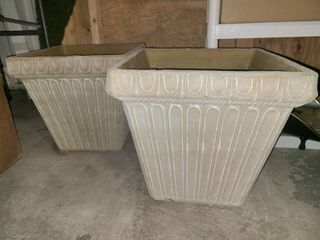 Square Plastic Flower Pots 16 x 17 x 17 in Each lot of 2