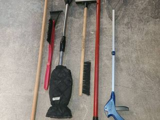Ice Scrappers and Grabbers with Broom and Spare Handle
