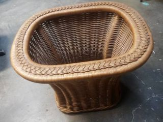 Wicker Table No Glass Top 21 x 27 x 22 in