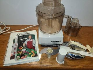 CUISINART  FOOD PROCESSOR with 2 Cookbooks and a few Accessories