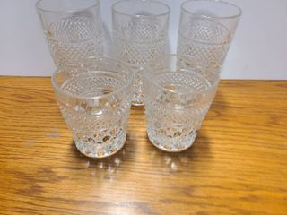 SET OF 5 GlASSES  and A PITCHER