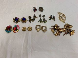 ladies jewelry eight clip earrings  two rings and one belt buckle