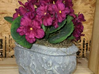 SMAll FAUX POTTED PlANT with PURPlE FlOWERS
