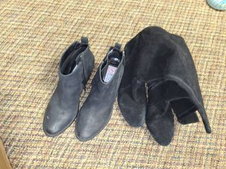 lADIES BOOTS  Size 10