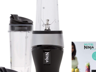 Ninja Fit 2 Cups With Sip   Seal lids 700 Watts Includes FREE Recipie Cookbook