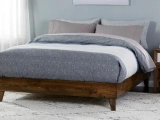 Kotter Home Solid Wood Mid century Platform Bed  Retail 384 49