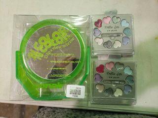 Flip View Mirror and 2 Traffic Jam lip Gloss Kits