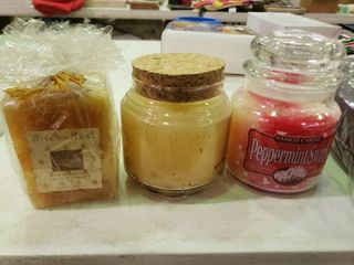 lot of 3 Candles