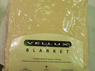 Vellux Full Sized Blanket