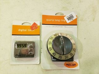 lot of 2 Kitchen Timers