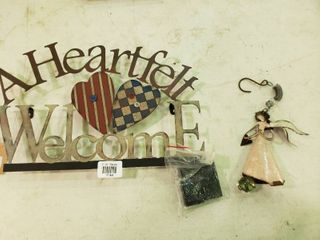 lot of 2 Pieces of Metal Home Decor
