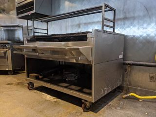 Woodstone Gas Grill  Buyer Responsible For Removal