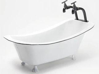 Rustic Antique Metal Bathtub Planter