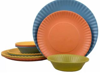 Melange 18 Piece Melamine Dinnerware Set  Paper Plate Collection    Shatter Proof and Chip Resistant Melamine Plates and Bowls