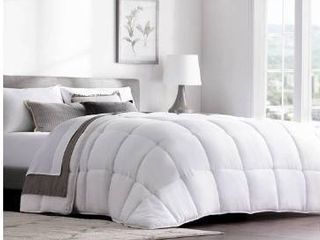 Weekender quilted down alternative hotel comforter