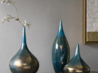Madison Park Signature Aurora Handmade Rainbow Glass 3 piece Vase Set Retail 139 97