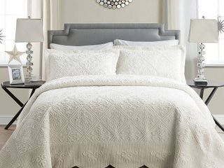 VCNY Home Westland Quilted Plush Twin Bedspread Set