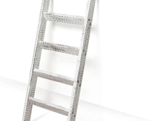Great Christmas gift new in box decorative rustic blanket ladder