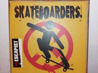 Metal Skateboarding Sign For Home Decorating