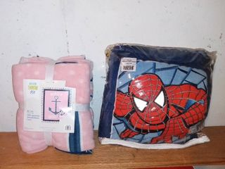 lot Of 2 No See Throw Kit And Spiderman Blanket
